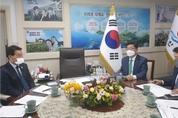 aT 김춘진 사장, 농수산식품기업 판로 확대 나서